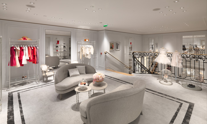baby dior dior kids boutique opens at rue royale in paris mini licious by wendy lam. Black Bedroom Furniture Sets. Home Design Ideas